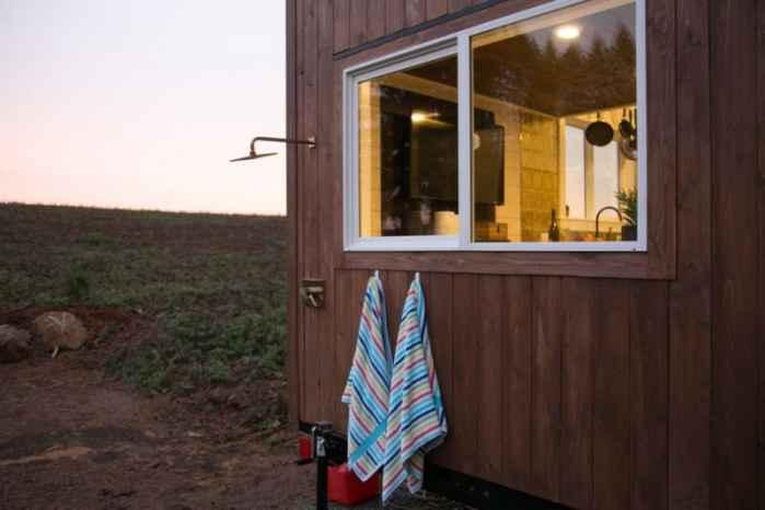 Уютный домик на колёсах площадью 18 кв. м.