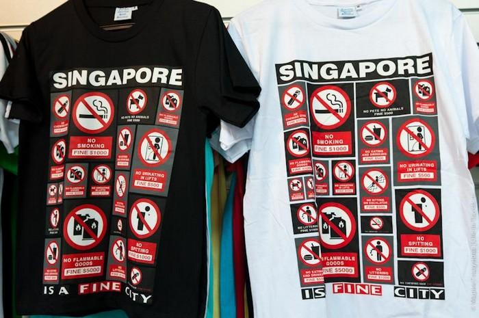 Американский турист плюнул на тротуар в Сингапуре и сильно об этом пожалел