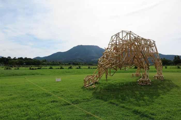Фестиваль скульптур из соломы в Японии