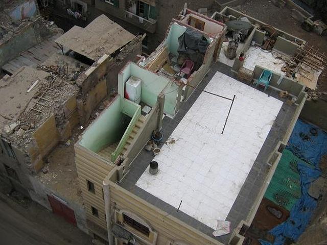"""Почему в Египте так много """"недостроенных"""" домов без крыш"""