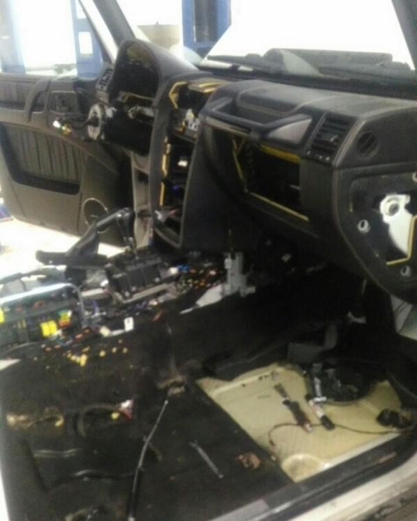 Почему замена моторчика дворников на Гелендваген превращается в увлекательное мероприятие на пару дней
