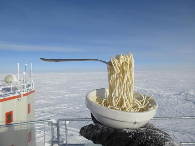 Еда на морозе в -60 градусов