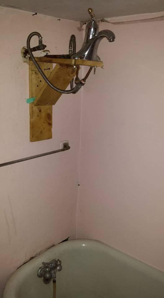 Когда жена попросила починить душ, а ты простой офисный рукожоп